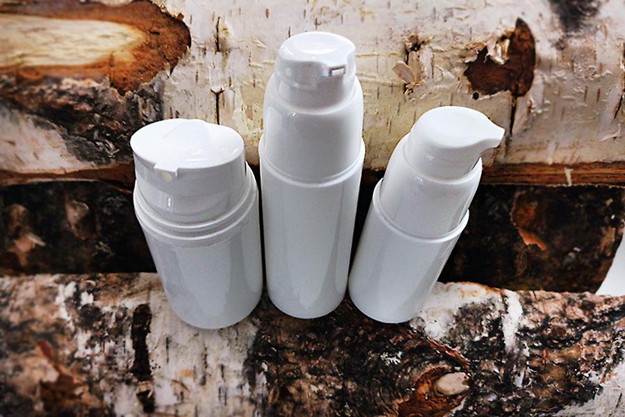 Emulsiolle ja saippualle tarkoitettu pumppu